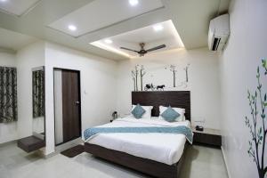 Daksh Hotel And Restaurant, Hostelek  Sasan Gir - big - 36