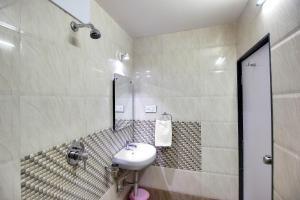 Daksh Hotel And Restaurant, Hostelek  Sasan Gir - big - 29