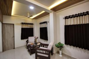 Daksh Hotel And Restaurant, Hostelek  Sasan Gir - big - 47
