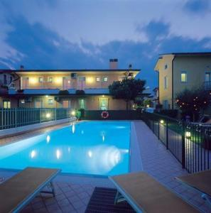Prenota Hotel Fiorella