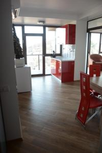 Grand View Apartment, Appartamenti  Braşov - big - 49
