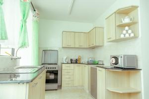 Nairobi Airport Furnished Apartment, Apartmány  Nairobi - big - 37