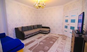 Сдаётся 2х ком квартира В Лазурном квартале, Apartmány  Astana - big - 5
