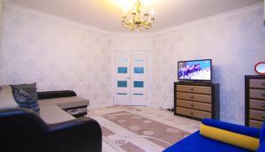 Сдаётся 2х ком квартира В Лазурном квартале, Ferienwohnungen  Astana - big - 6