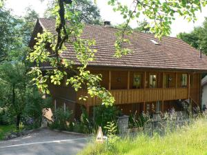 B3 Boutique-Bed & Breakfast - Accommodation - Gsteigwiler