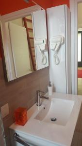 MID TUSCANY - VIA DELLE FONTI 89-91, Appartamenti  Tavarnelle in Val di Pesa - big - 1