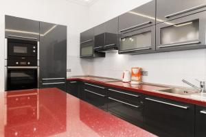 Luxory apt - Korunni str. - for 5 guests, Апартаменты  Прага - big - 39