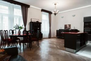 Luxory apt - Korunni str. - for 5 guests, Апартаменты  Прага - big - 46