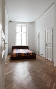 Luxory apt - Korunni str. - for 5 guests, Апартаменты  Прага - big - 60