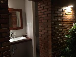 Casa de Ponta das Canas, Holiday homes  Florianópolis - big - 11