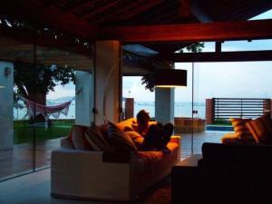 Casa de Ponta das Canas, Holiday homes  Florianópolis - big - 40