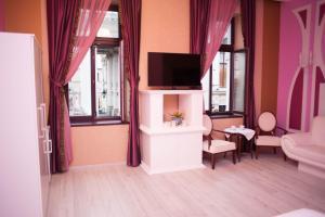 Old City Boudoir Francez, Apartmány  Oradea - big - 7