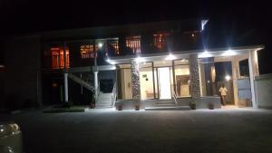 Hotel Galaxy, Отели  Ongwediva - big - 1