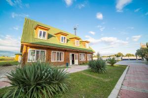 Guest house Eko, Penzióny  Ashitsra - big - 11