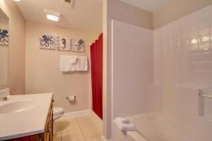 Coconut Grove 202 2nd Row Condo, Apartmanok  Myrtle Beach - big - 12