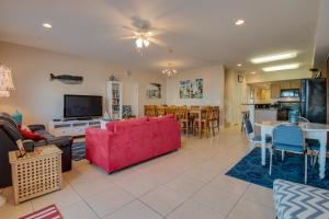 Coconut Grove 202 2nd Row Condo, Apartmanok  Myrtle Beach - big - 10