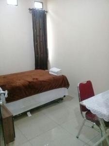 Setra Duta Hegar Syariah Guest House, Penziony  Bandung - big - 15