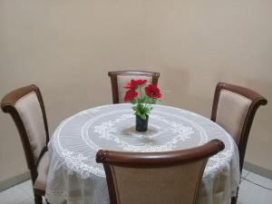 Setra Duta Hegar Syariah Guest House, Pensionen  Bandung - big - 9
