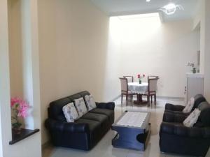 Setra Duta Hegar Syariah Guest House, Pensionen  Bandung - big - 7