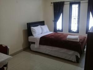 Setra Duta Hegar Syariah Guest House, Penziony  Bandung - big - 3
