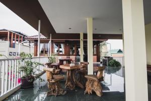 Feung Nakorn Balcony Rooms and Cafe, Hotely  Bangkok - big - 59