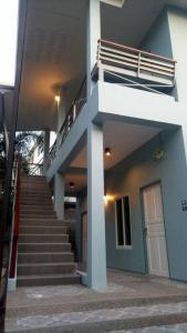 Baan Jaru, Гостевые дома  Чианграй - big - 83