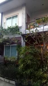Baan Jaru, Гостевые дома  Чианграй - big - 88