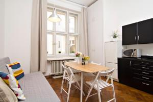 Apartments next to Old Town Square by RENTeGO, Apartments  Prague - big - 7