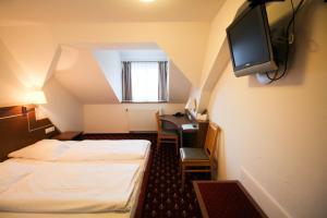 Hotel-Gasthof Obermeier, Hotely  Allershausen - big - 13