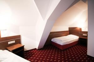 Hotel-Gasthof Obermeier, Hotely  Allershausen - big - 7