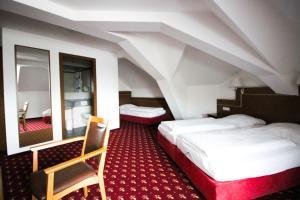 Hotel-Gasthof Obermeier, Hotely  Allershausen - big - 6