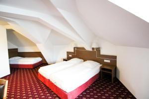 Hotel-Gasthof Obermeier, Hotely  Allershausen - big - 5