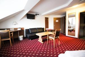 Hotel-Gasthof Obermeier, Hotely  Allershausen - big - 2