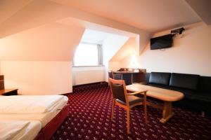 Hotel-Gasthof Obermeier, Hotely  Allershausen - big - 3