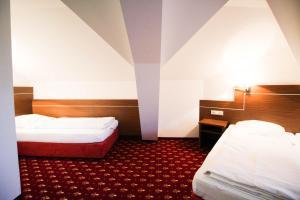 Hotel-Gasthof Obermeier, Hotely  Allershausen - big - 18