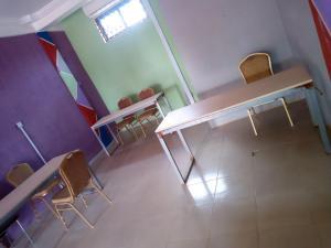 Big Ups hotel, Отели  Gbawe - big - 14