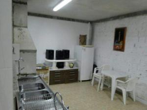 CASA em (PERQUE) PORTO BELO-SC, Дома для отпуска  Porto Belo - big - 10