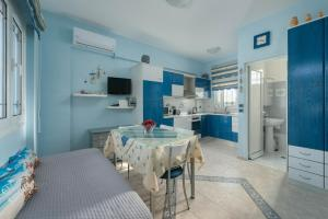 Stella Beach House, Holiday homes  Archangelos - big - 12