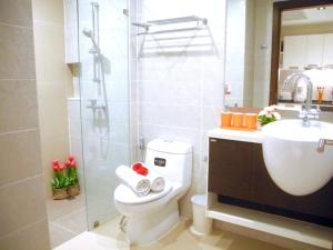 Emerald: Studio in Patong, Apartmanok  Patong-part - big - 22