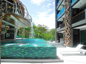 Emerald: Studio in Patong, Apartmanok  Patong-part - big - 14