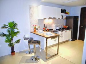 Emerald: Studio in Patong, Apartments  Patong Beach - big - 7