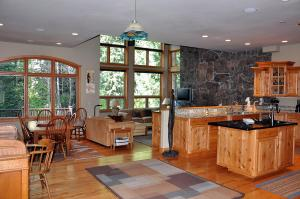 Reasonably Priced 5 Bedroom - 1554-54282, Holiday homes  Vail - big - 6