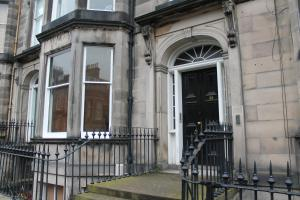 West End Townhouse nr Train Station, Apartmanok  Edinburgh - big - 45