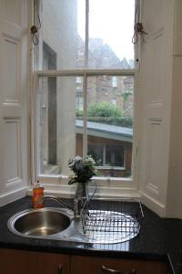 West End Townhouse nr Train Station, Apartments  Edinburgh - big - 36