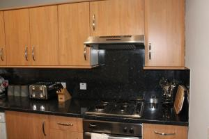 West End Townhouse nr Train Station, Apartmanok  Edinburgh - big - 34