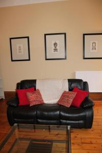 West End Townhouse nr Train Station, Apartmanok  Edinburgh - big - 31