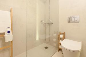 A + B Almedina: Amazing Duplex Apartment.  Foto 11
