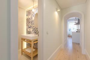 A + B Almedina: Amazing Duplex Apartment.  Foto 12