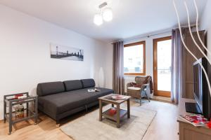Cozy Apartments with Private Garage, Apartmány  Praha - big - 17