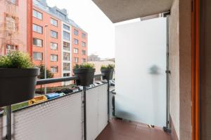 Cozy Apartments with Private Garage, Apartmány  Praha - big - 52